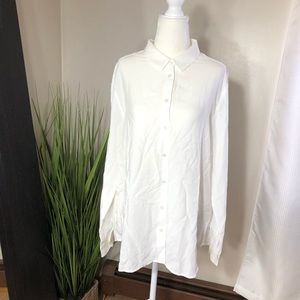 Uniqlo white rayon blend button down shirt